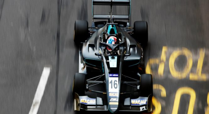 Хьюз показал лучшее время в первой квалификации Гран-при Макао