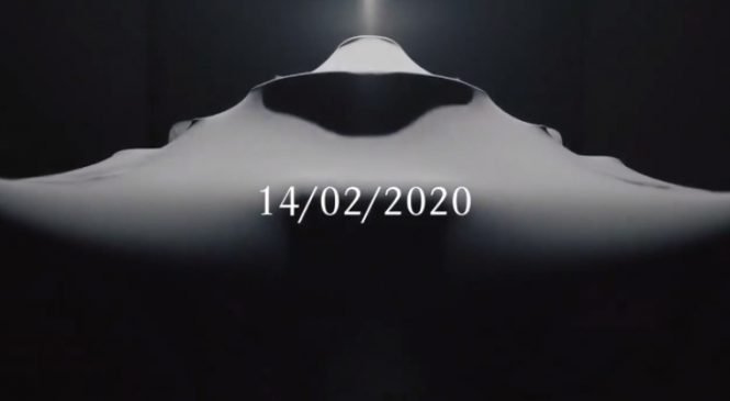 """""""Мерседес"""" покажет новую машину 14 февраля"""