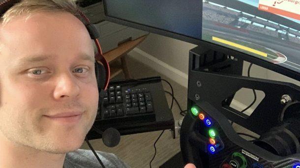 Феликс Розенквист за виртуальным рулём