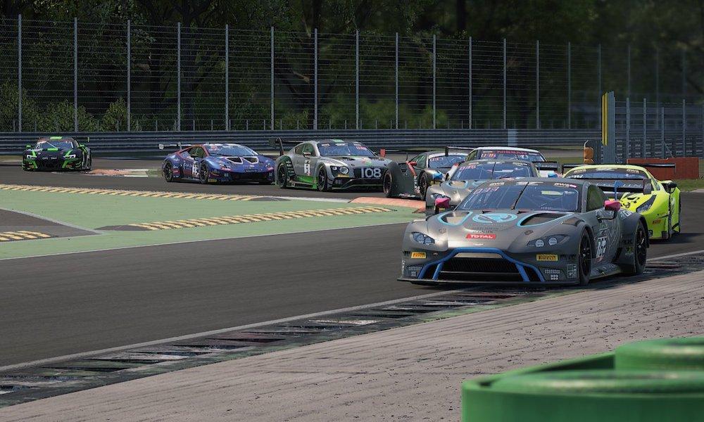 Виртуальная гонка ГТ в Монце