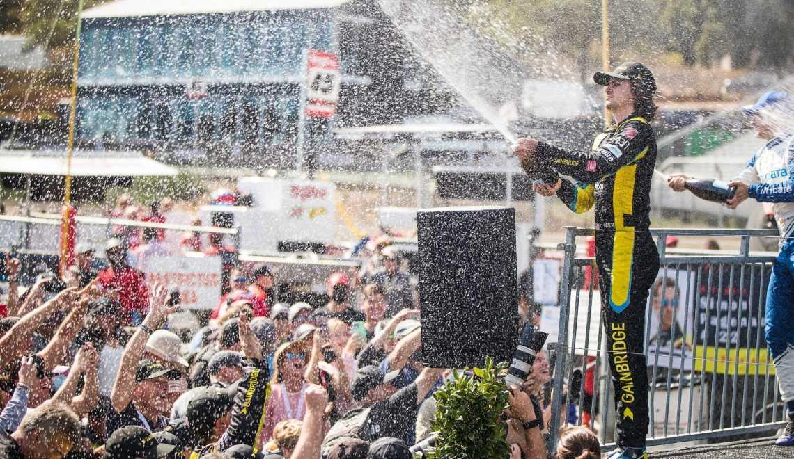 Колтон Херта празднует победу в Гран-при Монтерея