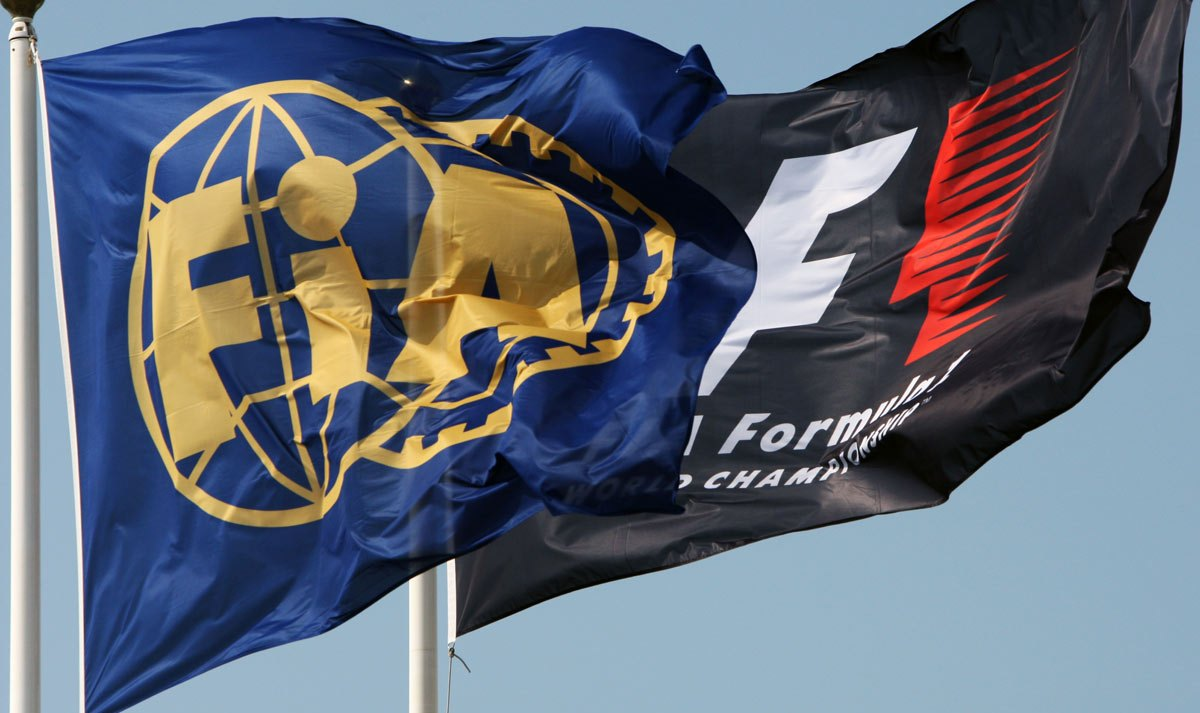 Флаги Ф1 и ФИА